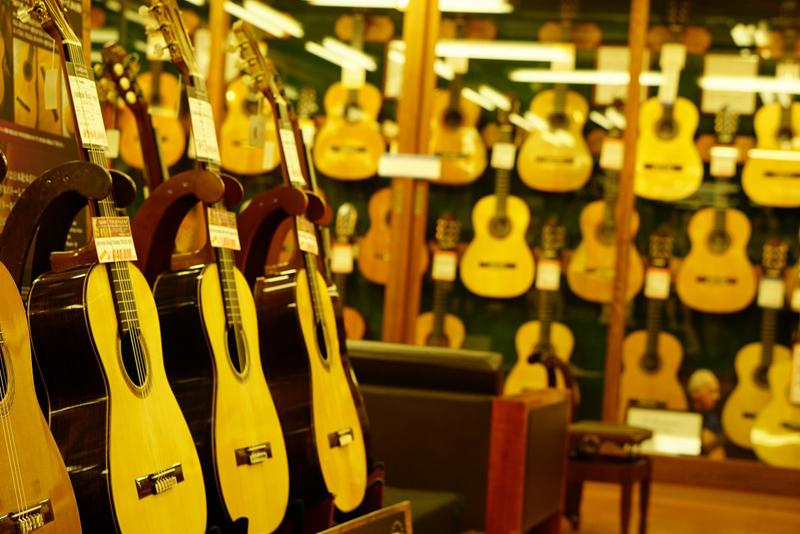 「クロサワ楽器日本総本店」の画像検索結果
